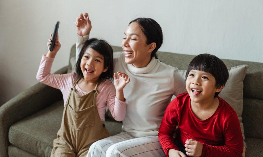 Jak połączyć telefon z TV